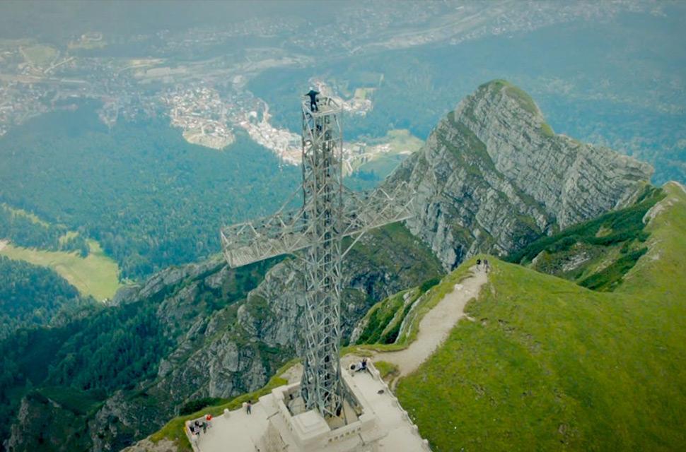 Monumentul drag românilor care va fi aici și peste o sută de ani