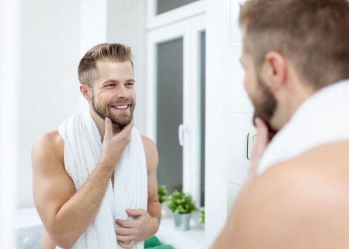 IDEI PRACTICE pentru baie - Cum amenajezi spațiul unui burlac