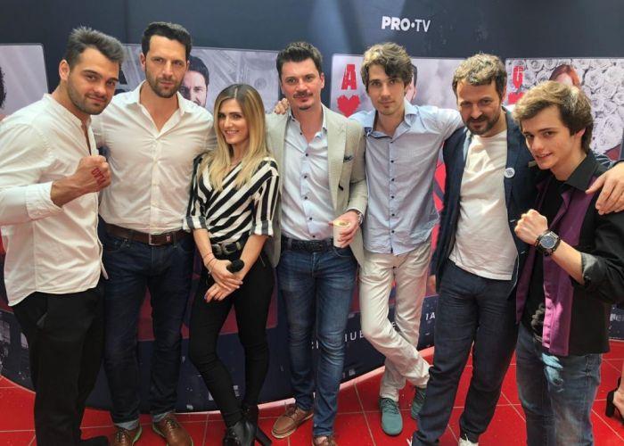 Cum au apărut actorii din VLAD la premiera finalului de sezon?