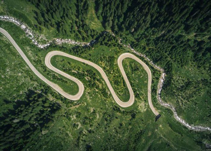15 drumuri pe care trebuie sa mergi in viata asta! Pe primul loc este un drum din Romania! GALERIE FOTO
