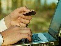 Romanilor le plac tot mai mult platile online cu cardul! In 2009 au facut cu 75% mai multe ca in 2008