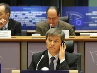 """Romania a facut doua nominalizari pentru functia de comisar european. Ponta: """"Prima optiune ramane Dacian Ciolos, dar am propus si o femeie"""""""