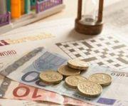 Guvernul pune 500.000 de romani la coada IN FIECARE LUNA sa dea bani