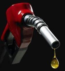 De ce romanii platesc la fel pe benzina ca si occidentalii, desi salariile sunt de 5 ori mai mici si Romania are rezerve de petrol?