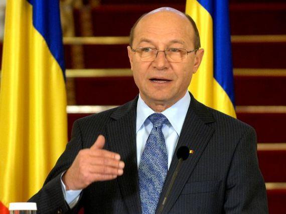 Basescu, intrebat despre arestarea vamesilor de la Siret: Nu vreti sa raspund pe la sfarsitul lunii?