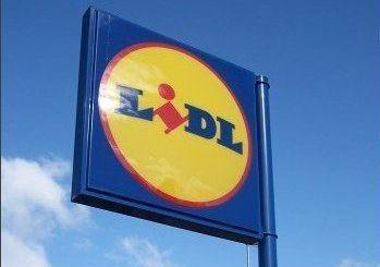 Cum au atras angajatii romani retaileri ca H M si LIDL? Accepta salarii mai mici cu 30% fata de 2007!