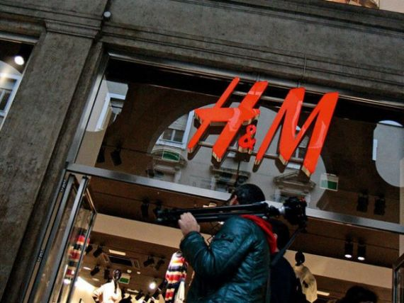 Unde se face primul magazin H M din tara?
