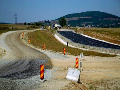 Boc cere o noua licitatie la autostrada Comarnic-Brasov