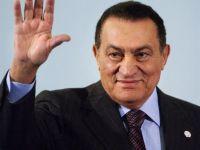 Presedintele Egiptului, Hosni Mubarak, a demisionat! Armata preia puterea ! VIDEO