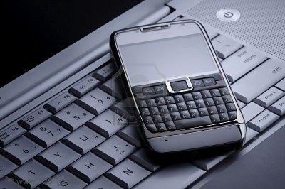 Noua moda pe piata IT: telefon sau laptop de inchiriat! Vezi preturile!