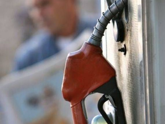 Analistii: Cel mai probabil, carburantii vor ramane scumpi, desi dolarul a scazut fata de leu!