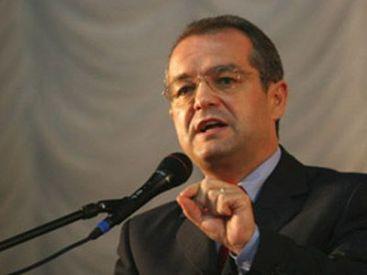 Boc vrea sa-si asume raspunderea pe Codul Muncii! Opozitia ameninta cu motiune de cenzura, iar sindicatele cu greva! VIDEO