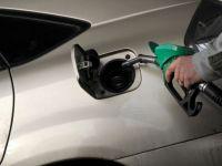 Benzina si motorina, la noi maxime istorice in Romania! Preturile se apropie de 6 lei pe litru!