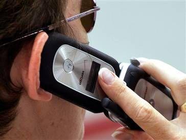 Toate telefoanele vor putea fi ascultate! Companiile de telefonie, obligate sa ceara datele utilizatorilor de cartele PrePay