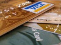 Promotii de Martisor la carduri: cumparaturi gratuite, rate fara dobanda si discounturi