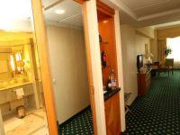 Cum ar fi sa traiesti intr-un hotel de cinci stele ca Marriott? GALERIE FOTO