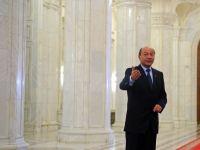Boc vrea sa desfiinteze Vama si Garda Financiara. Basescu le mai da o sansa!