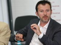 SCANDAL la ING: Directorul Trezoreriei reclama concedierea! Seful ING: Nu l-am concediat, i-am oferit alta functie!