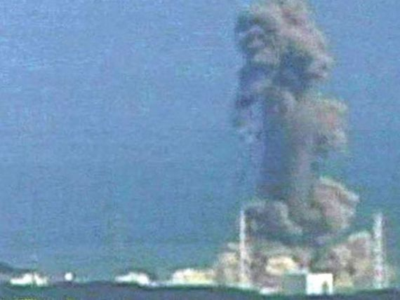Un reactor de la Fukushima a fost reconectat la reteaua electrica. Nivelul radiatiilor a scazut usor