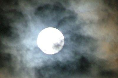 Super Luna a trecut. Urmeaza alte catastrofe?