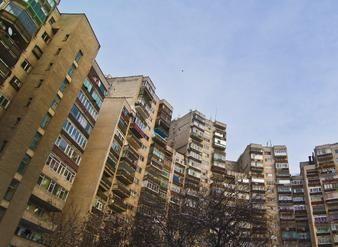 Cat vor costa apartamentele vechi peste un an