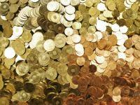 Cursul a ajuns la 4,1 lei pentru 1 euro! Cine pierde si cine castiga?