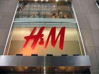 H&M inaugureazaal doilea magazin in Romania.Unde se vor deschide celelalte spatii de vanzare
