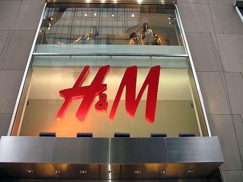 H M inaugureaza al doilea magazin in Romania.Unde se vor deschide celelalte spatii de vanzare