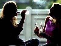 Pe ce ne cheltuim banii? Romanii dau mai mult pe tutun si alcool decat pe haine sau pe sanatate