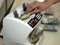 Moneda nationala bate record dupa record. Cursul a ajuns la 4.08 lei pentru un euro VIDEO