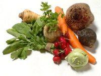 O treime din culturile de legume romanesti au fost distruse de frig