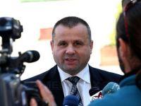 Sotia ministrului isi da demisia. Consilierul personal al lui Botis ramane in asociatie, cu salariu de 8.400 lei VIDEO