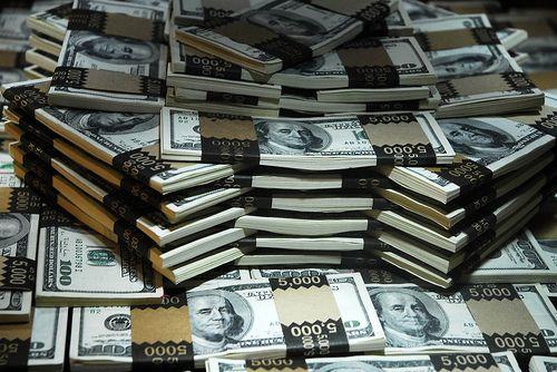 Ieri copil al strazii, azi miliardar. Si-a construit un imperiu cu 700 de dolari imprumutati