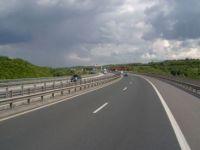 Guvernul, acuzat ca a risipit zeci de milioane de euro cu sistarea lucrului la Autostrada Transilvania