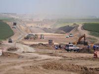 """Salariile angajatilor Companiei de Drumuri """"s-au umflat"""" cu 75%. Cu cati kilometri s-au lungit autostrazile?"""