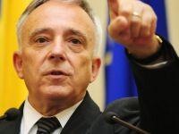 Isarescu: Bancile trebuie sa nu mai finanteze consumul, ci sa dea credite firmelor