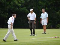 Obama vrea sa-si induplece adversarii politici pe terenul de golf. Miza: ridicarea plafonului datoriei federale