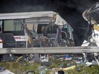 Accident auto in Ungaria. 4 romani si-au pierdut viata, iar alti 23 de pasageri au fost raniti