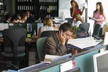 Joburi de vară pentru tineri. Cât câștigă cei care muncesc în vacanța mare