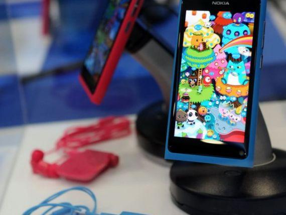 Nokia a prezentat smartphone-ul N9. Cum cred analistii ca se va vinde produsul. VIDEO si GALERIE FOTO