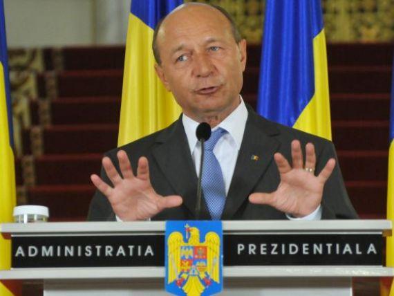 Basescu: Isarescu a spus ca nicio banca nu a scos capital din Romania