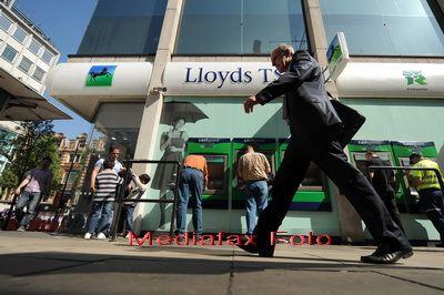 Iese Lloyds de sub umbrela bancii centrale britanice? Surse: Se pregatesc reduceri de cheltuieli de un miliard de lire sterline