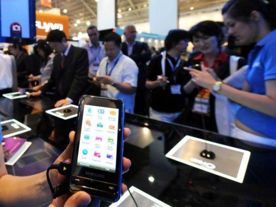 Microsoft cere Samsung sa plateasca drepturi de autor de 15 dolari pentru fiecare smartphone produs
