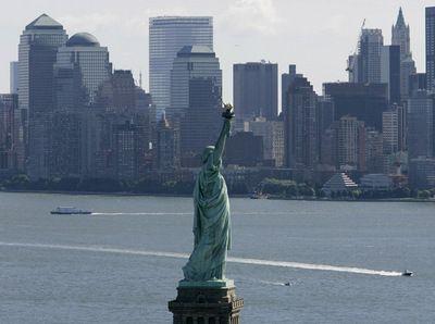 SUA vor suprataxa calatorii care sosesc in porturi si aeroporturi. Autoritatile vor sa stranga 553 de milioane de dolari