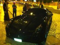 "Cristiano Ronaldo si-a cumparat<span style=""color: rgb(255, 0, 0);""> BATMOBILUL</span>: un Ferrari de 350.000 de euro SUPER FOTO"