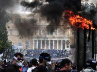 """Scenariul """"negru"""" al cursului valutar. Ce se intampla cu leul daca Grecia da faliment"""
