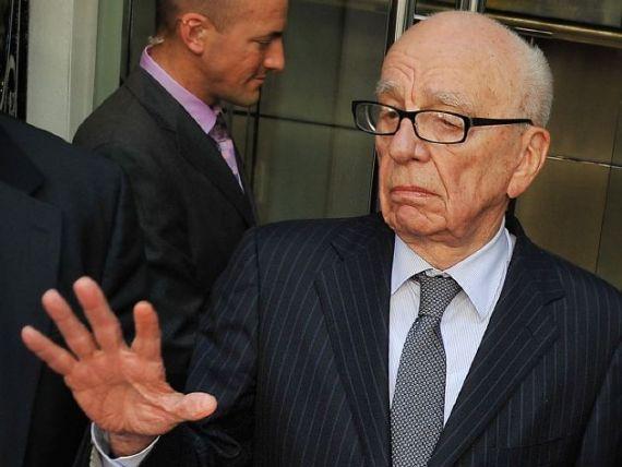 Daca nu poti sa-ti invingi dusmanii, alatura-te lor. Soc pe Twitter: controversatul Rupert Murdoch si-a facut cont, la 80 de ani