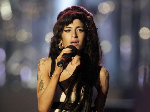 Viata si decaderea unei vedete. Amy Winehouse a cheltuit 14,6 milioane de dolari pe petreceri