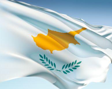 Cipru, urmatoarea tragedie greceasca? Dupa ratingul tarii, Moody`s a retrogradat doua banci prezente si in Romania