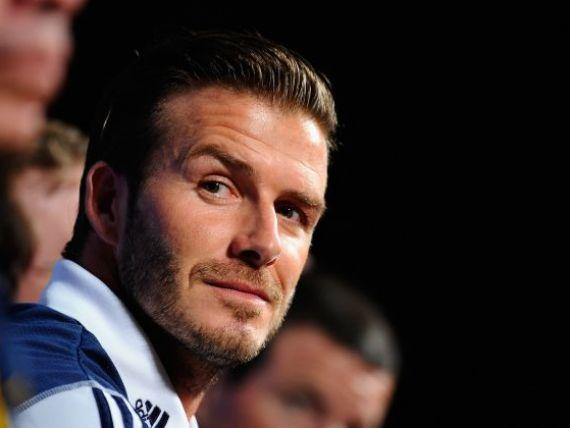 David Beckham da tonul in materie de lenjerie intima. Fotbalistul va crea haine pentru H M
